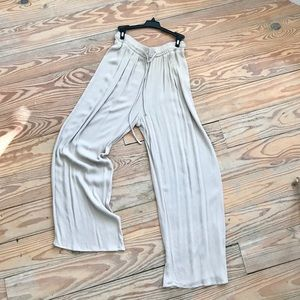 SUPER CUTE! Forever 21 Pants